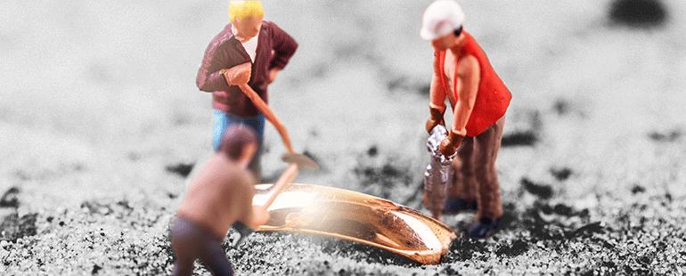 01_MiningforDatabaseGold-770x310